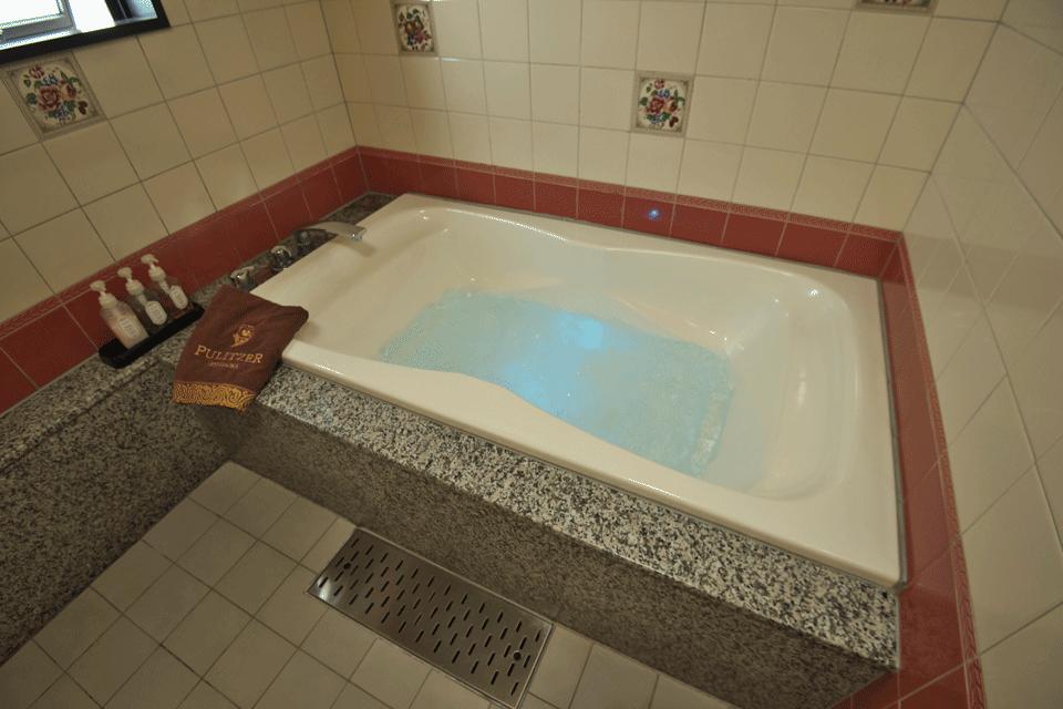 デラックスダブルルーム浴室